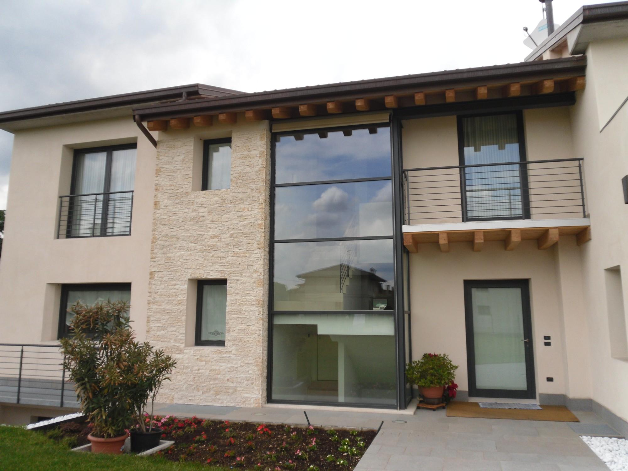 Serramenti in alluminio - Profili alluminio per finestre ...